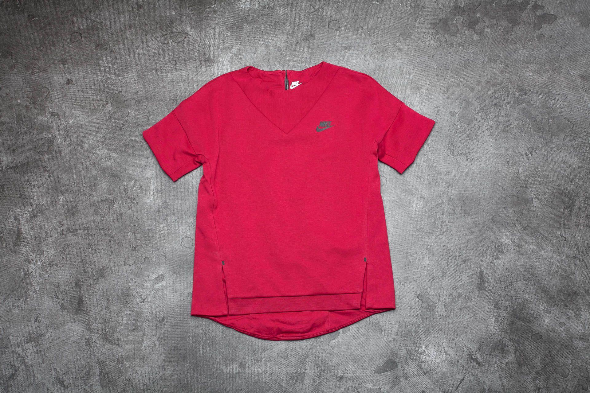 fc06c7533ec2 Nike Sportswear Tech Fleece Women s Crew Noble Red  Noble Red  Black
